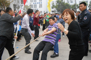Tug-of-War for Woman's Day (March 8th)